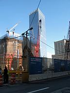 タワー1(左建設中)と新7WTC